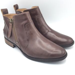 NWOB UGG Aureo Leather Ankle Boots